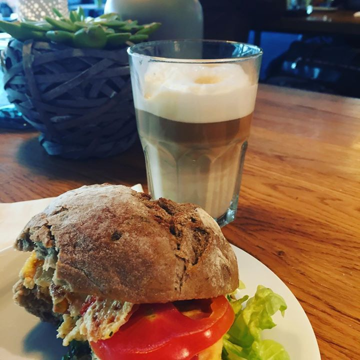 Last #german #breakfast 🥞.  Homeward bound and filled w...